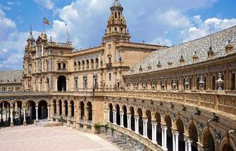 祝贺来自立思辰留学360的张同学收获巴塞罗那大学录取!