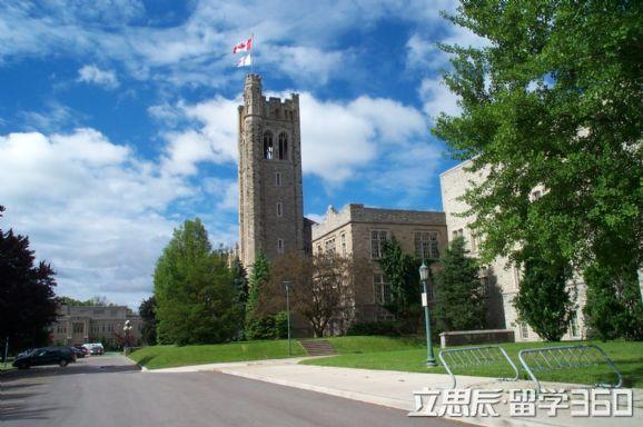 加拿大三一西部大学设施环境怎么样
