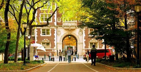 美国大学录取标准――成绩是第一位 但它并不代表全部