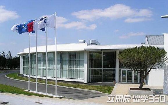 法国拉罗谢尔商学院专业设置信息