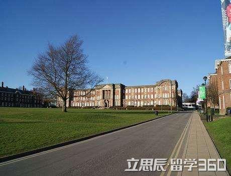 国立台湾大学的学校特点