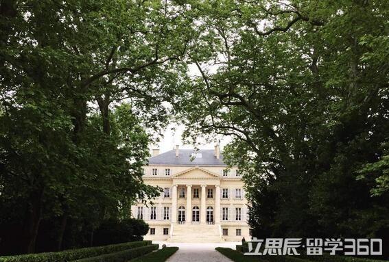 法国波尔多第四大学教学设施介绍