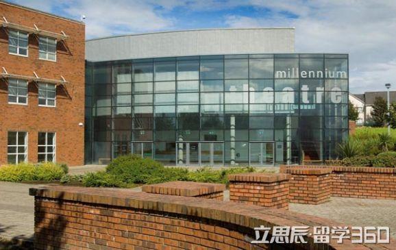 爱尔兰留学 利墨瑞克大学特色在于合作教育