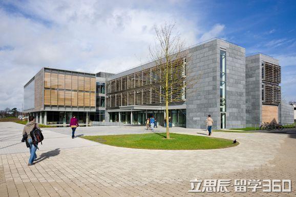 爱尔兰留学:经济担保中收入与存款相匹配