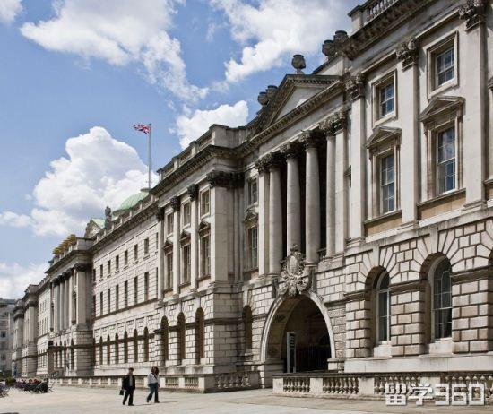 气质优雅陈同学211院校申请伦敦国王学院留学