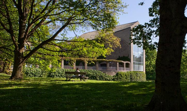 精心包装申请 帮助向同学获得丹麦奥尔胡斯大学录取