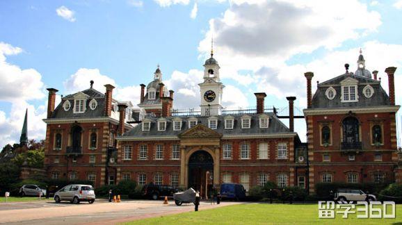 留学英国应该如何选高中