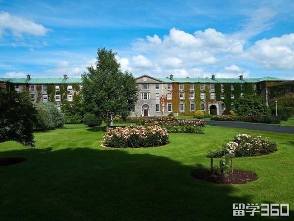 高中生申请爱尔兰留学途径及院校推荐