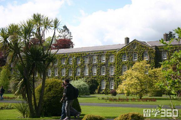爱尔兰留学:高中课程介绍