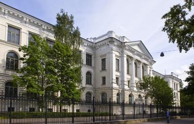 雅思5.5分俄语零基础 伍同学被圣彼得堡国立技术大学智能系统专业录取