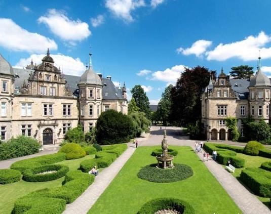 爱尔兰香浓酒店管理学院国际酒店管理商学学士课程解读