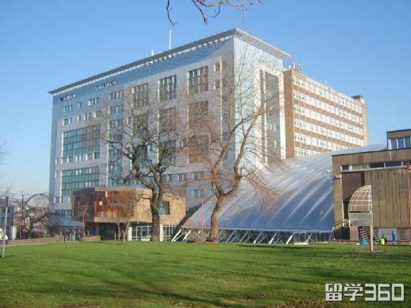 布拉德福德大学申请条件