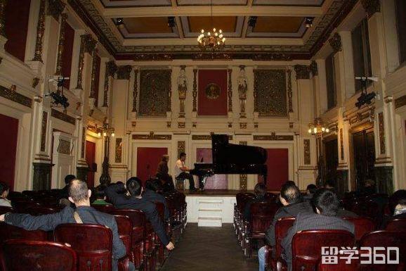 布雷纳音乐学院
