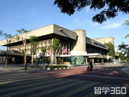 马来西亚多媒体大学:规模最大的私立大学