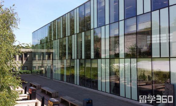 英国金斯顿大学周边交通