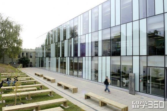 英国金斯顿大学Knights Park校园