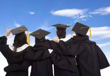 立思辰留学汪老师:留学的第一年很重要!!!先帮你到这里吧。