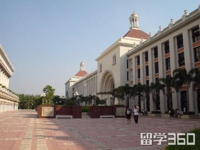 qile518易三仓大学——工商管理课程的引领者