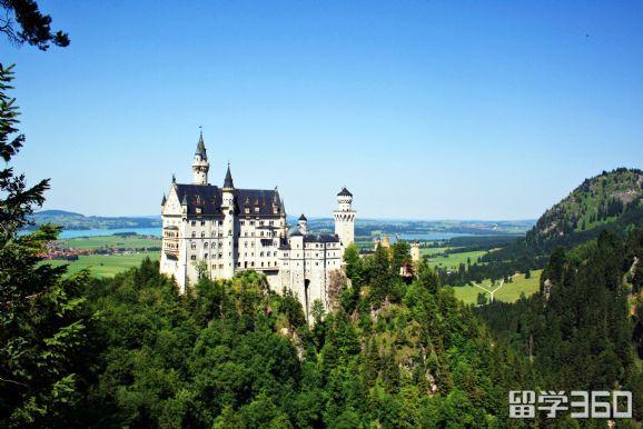 德国留学一年费用多少