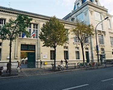 法国公费留学申请条件介绍