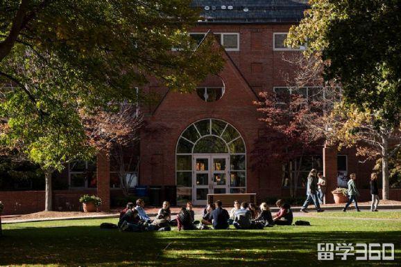 塔夫茨大学