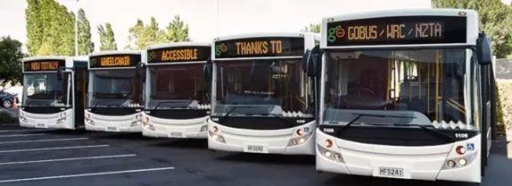 新西兰公交车