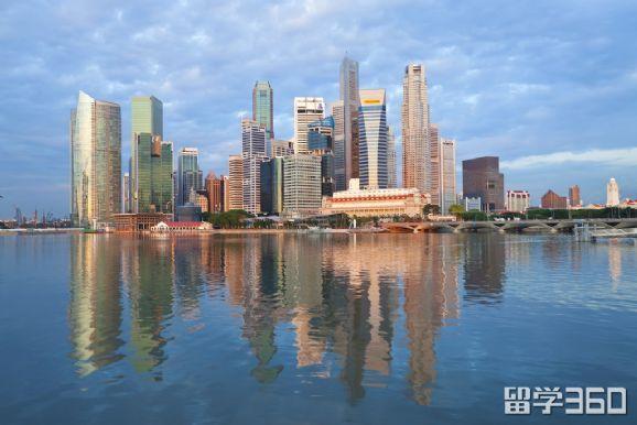 立思辰留学360陈嘉娴老师:学校这么多,为什么选择新加坡私立大学?
