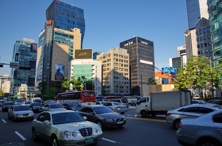 2018年韩国留学申请期:研究生申请的三个热门专业介绍
