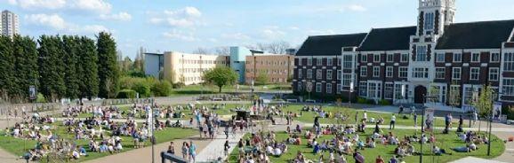 不属于罗素大学集团,靠一身实力闯进了排行榜上游的拉夫堡大学