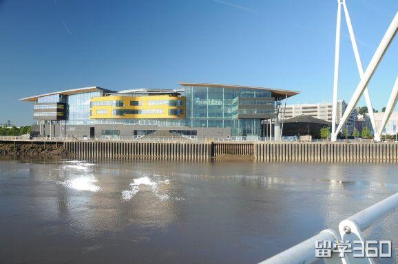 2018年英国威尔士新港学院学位