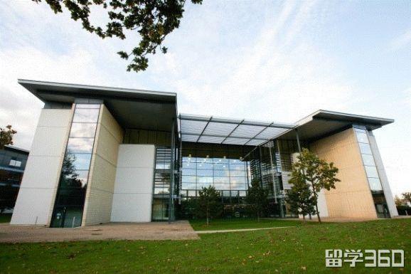 英国赫特福德大学2018年课程更新