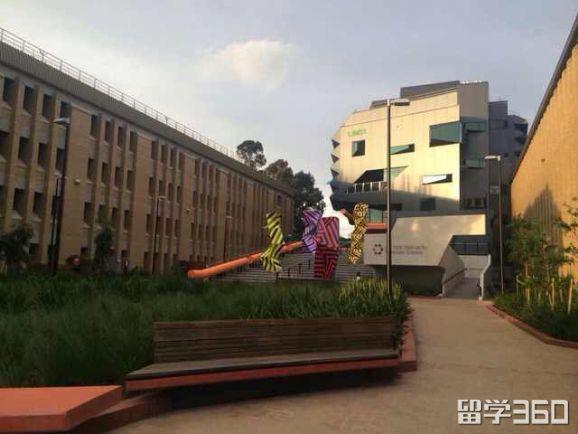 澳洲拉筹伯大学怎么样