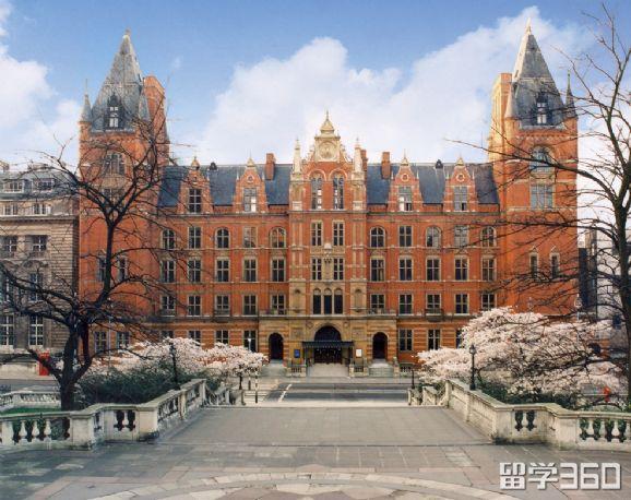 同时拿到纽曼大学和皇家音乐学院的offer,选择哪个?