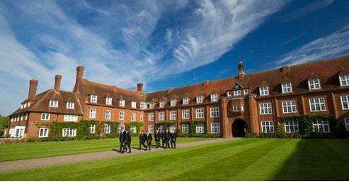 英国留学读中学|英国这4所寄宿高中你值得拥有