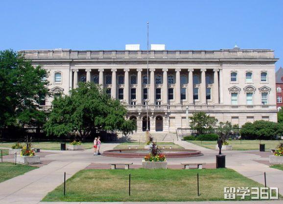 美国公立大学学费