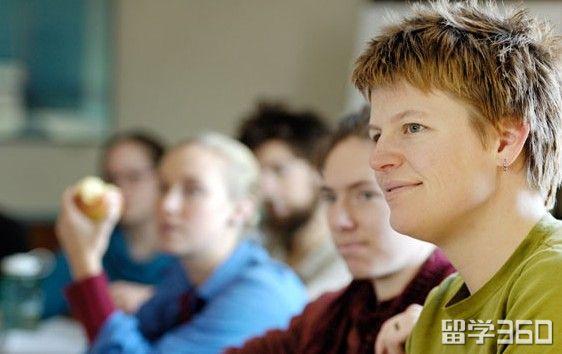 新西兰大学一年几个学期