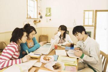 留学的第一年很重要?小编只能帮你到这儿了……