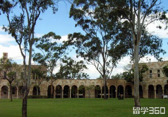 昆士兰大学宿舍费用