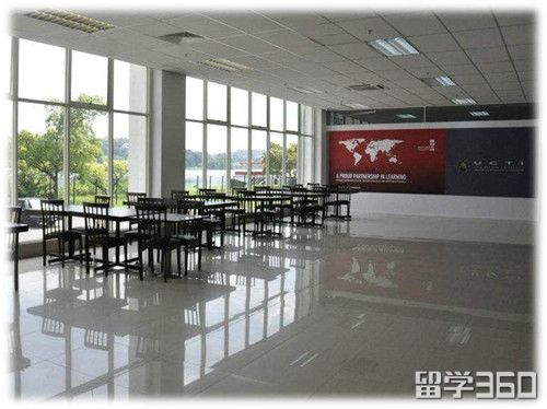 马来西亚的莱弗士学校
