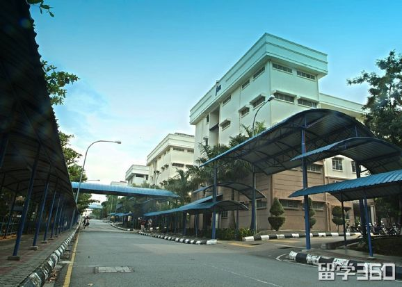 马来梳邦英迪大学