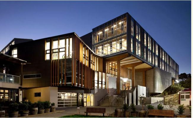 新西兰梅西大学与维塔工作室强强联手打造设计硕士!打造指环王史诗般魔幻特效!