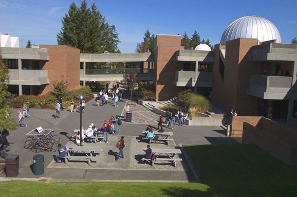 打算去美国读本科,想申请好大学需提前一年准备!