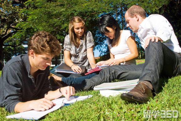 本科转学美国可申请的五类奖学金