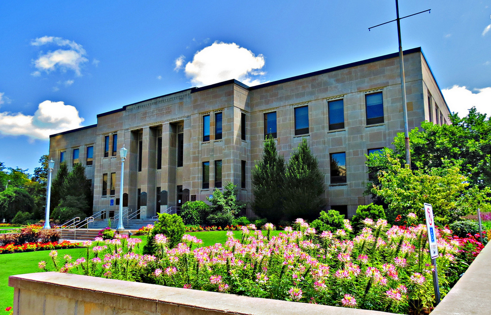 布鲁克大学商学院