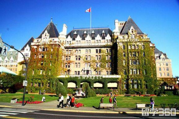 加拿大留学申请移民优势