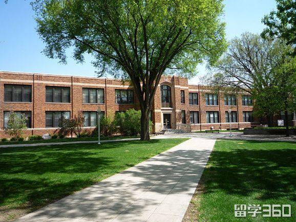 明尼苏达州立大学摩海德分校
