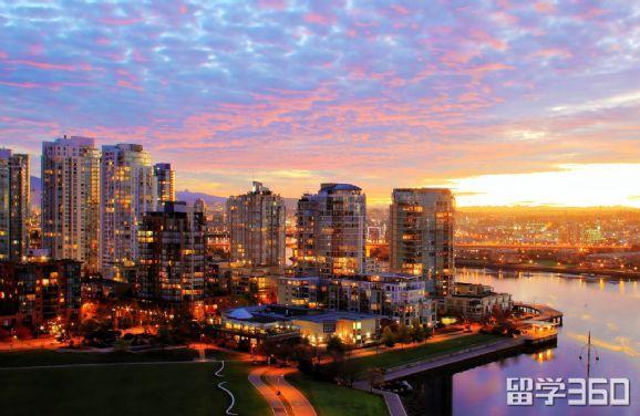加拿大最适合留学生的前十名大学,自带光环惊艳全场
