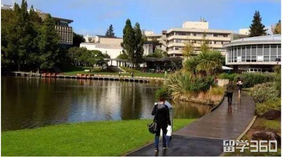 高考生\高中毕业生:2018年高考后新西兰留学途径解析