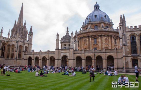 牛津大学本科如何申请