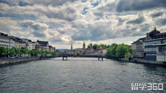 高考后如何留学荷兰
